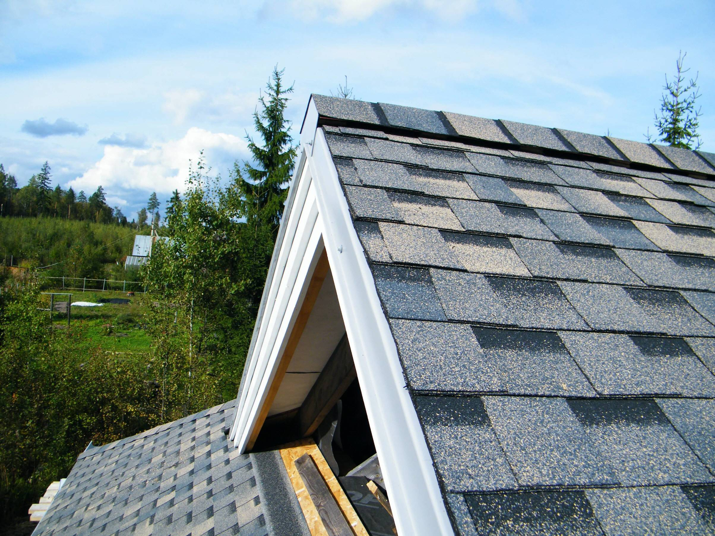 flexible bituminous tile of techno-nikol installation of a soft roof
