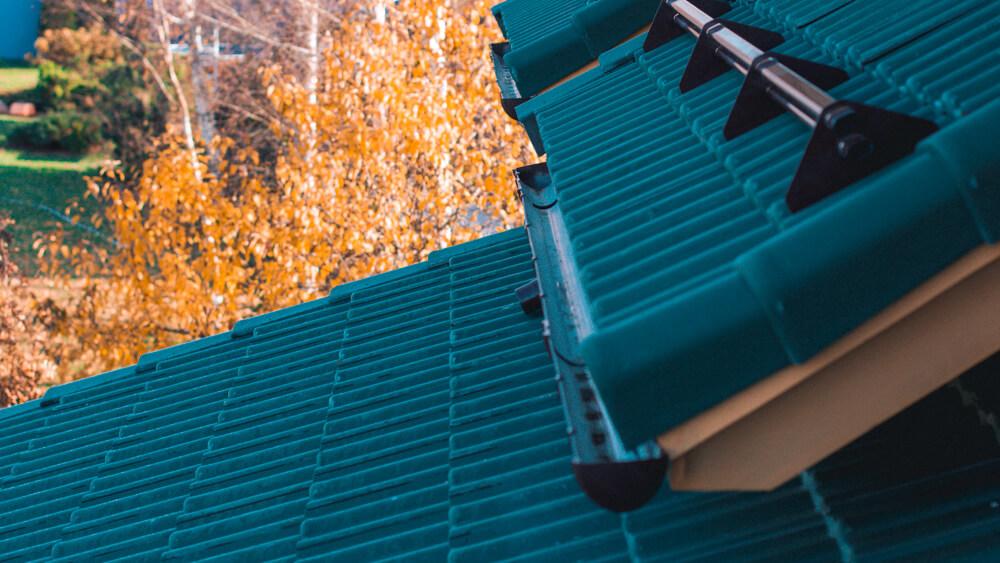 монтаж водосточной системы пластиковая водосливная система